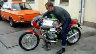 Guzzi Cafe Racer - loud 1