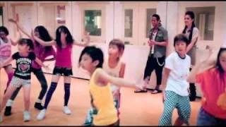 Download 《Ladies & Gentlemen 楊千嬅世界巡迴演唱會2010‧香港站》與日本小朋友 3Gp Mp4
