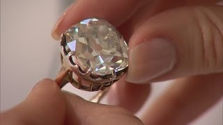 Diamond ring bought for £10 at car boot sale expected to fetch £350k