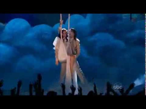 Katy Perry - Wide Awake (Live Billboard Music Awards 2012)