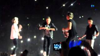 One Direction- Harlem Shake - SHEFFIELD ARENA