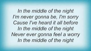 Watch SmileDk Middle Of The Night video
