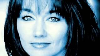 Watch Lari White Ghost Of A Chance video