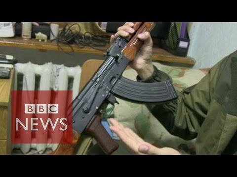 BBC finds Russians fighting in eastern Ukraine - BBC News