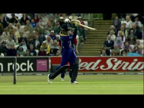 Mahela Jayawardene - Sri Lankan Prolific, Elegant and Utterly Classy batsman