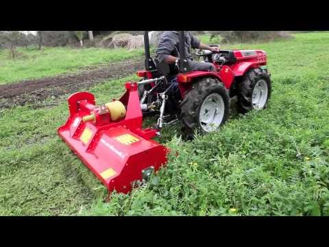 Trattore a carraro tigre 3200 con trincia erba delmorino for Trattori usati sardegna privati