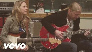 Tedeschi Trucks Band Part Of Me Acoustic