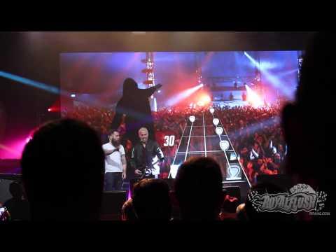 Guitar Hero Live NYC Event - Pete Wentz Gameplay