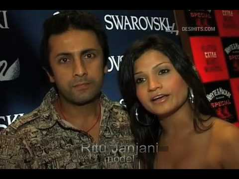 Sonali Kulkarni & Dia Mirza at Swarovski Trend Fashion Show