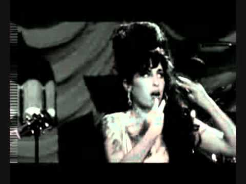we-love-you-amy-winehouse-rip.html