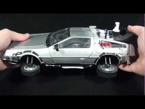 Turmoil In The Toybox - Diamond Select Back To The Future II Delorean Replica
