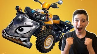 QUAD CRASHER TRICK SHOTS!! FORTNITE LIVE with MR BEE