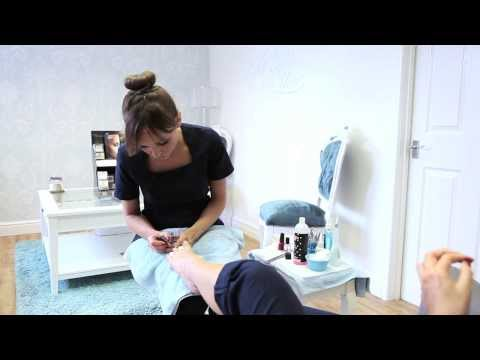 In this 'How To' demonstration video you'll be taken through the various steps needed to give that basic salon perfect pedicure. Presented by Katie Miles the owner of All Eyes On You, a modern...