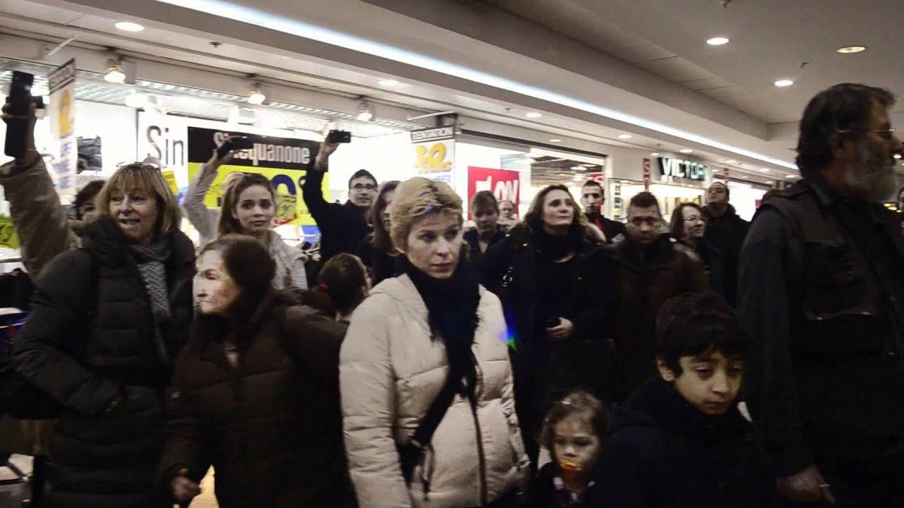 Flash mob gospel au centre commercial leclerc de rueil - Leclerc rueil malmaison ...