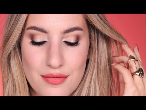 How To APPLY EYESHADOW Like a PRO  | Jamie Paige