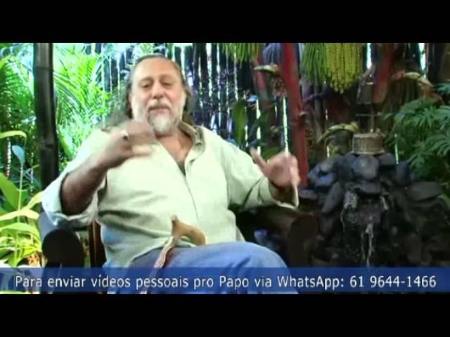 """O humorista Marcelo Marrom comenta um vídeo da Dilma: """"Não dá pra competir com ela. Tô falido!"""""""