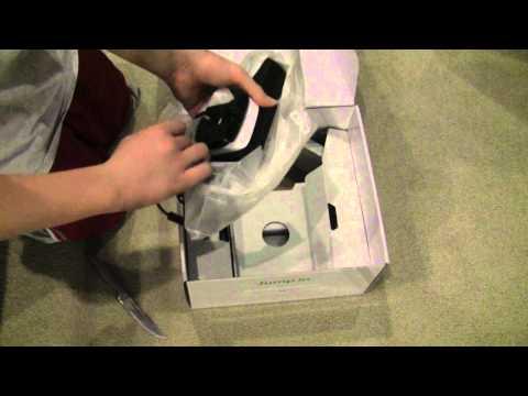 Xbox 360 4GB Kinect Bundle Unboxing