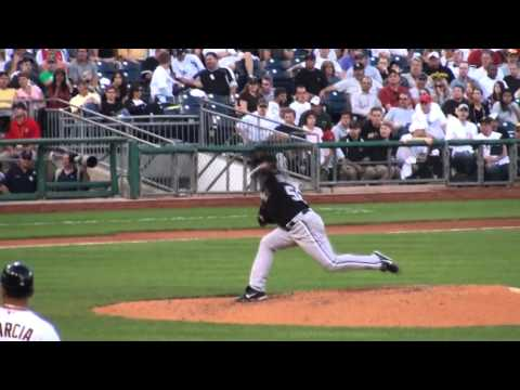Mark Buehrle Slow Motion pitching mechanics