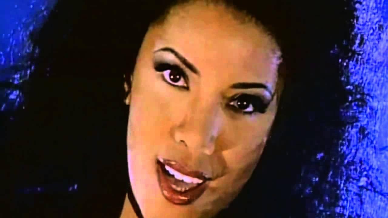 La bouche be my lover youtube - La femme a la bouche fendue ...