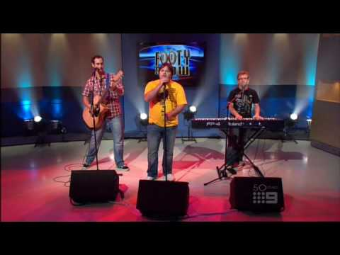 Axis Of Awesome 4 Chords  Amazing, Funny, Comedy, Singing, Just Brilliant