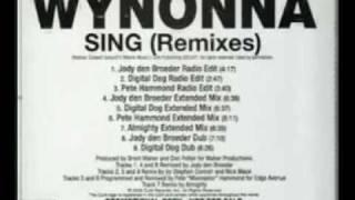 Watch Wynonna Judd Sing video