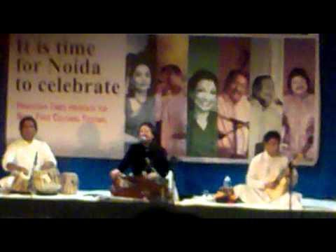 Pankaj Udas Live  Amity    Chandi Jaisa Rang Hai Tera video