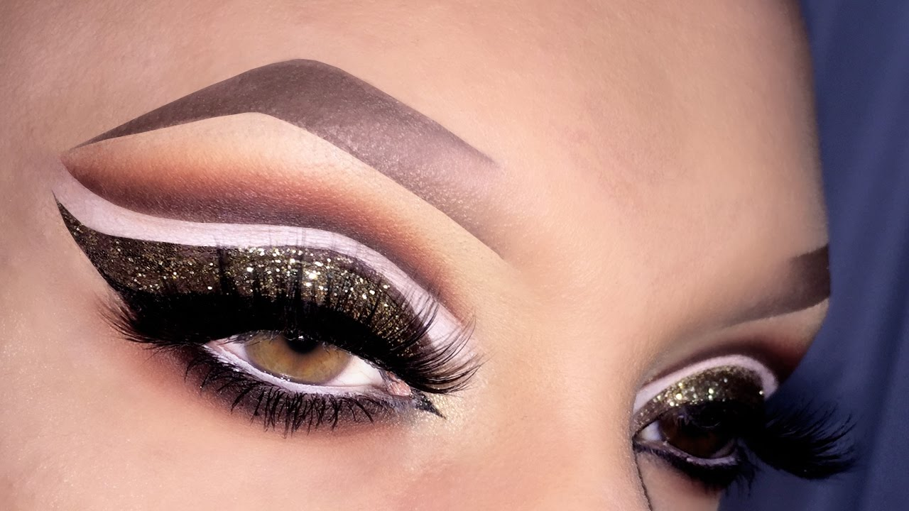 Watch Arabic Eye Makeup Tutorial video