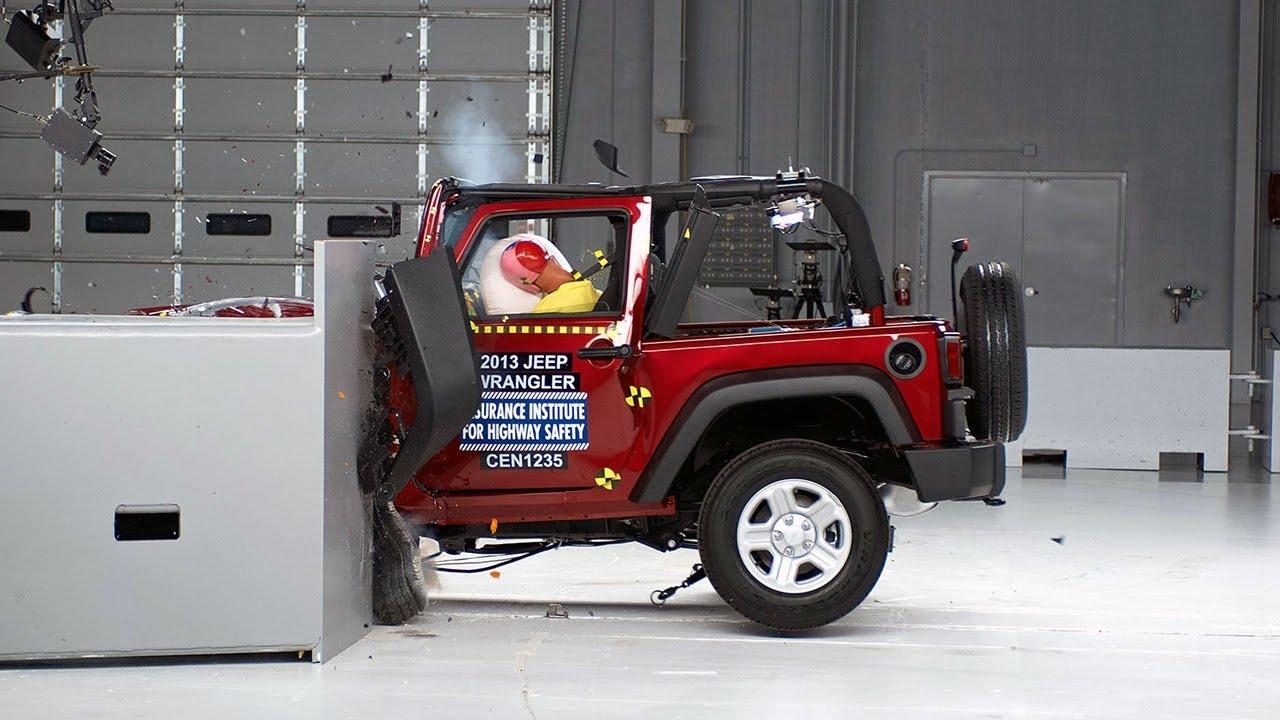 2013 Jeep Wrangler 2 Door Small Overlap Iihs Crash Test