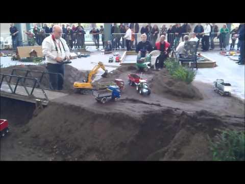 RC Bagger ( Excavator )Liebherr R 944 B Euromodell Bremen 2012