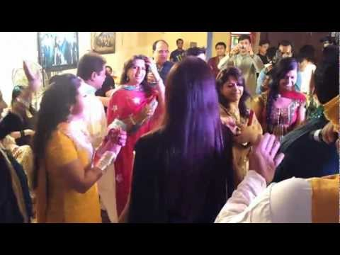 Bhangra Dancers Mumbai Bhangra Singer & Dhol Wala Punjabi Wedding Nitinbedi 9892833280 video