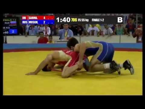 World Wrestling Championship - Juniors 2013 Sofia, Bulgaria (IRAN R.I.) Younes Firouz SARMASTIDIZAJI (RUSSIA) Ismail MUSUKAEV.
