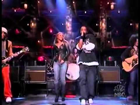 Jay-Z Feat Beyonce - 03 Bonnie   Clyde(Live At SNL.mp4