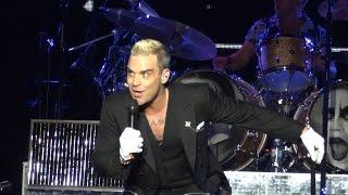 Robbie Williams - Swing Supreme Live in Belgrade - UЕДe, 17.06.2015 FIRST ROW