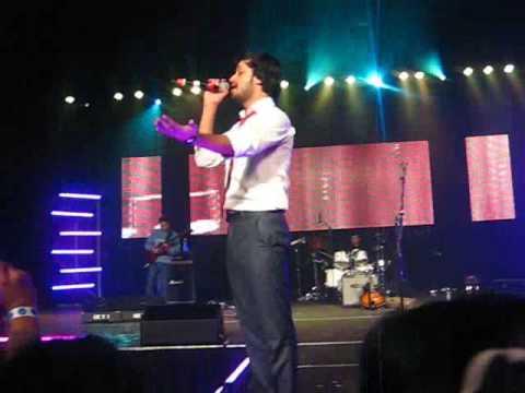 Bakhuda - Atif Aslam (live) in Toronto