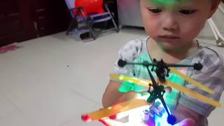 Flying ball toy 7 color glowing lights Children toy