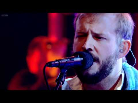 Bon Iver - Towers - Live on Jools Holland 2011 [HD] Music Videos
