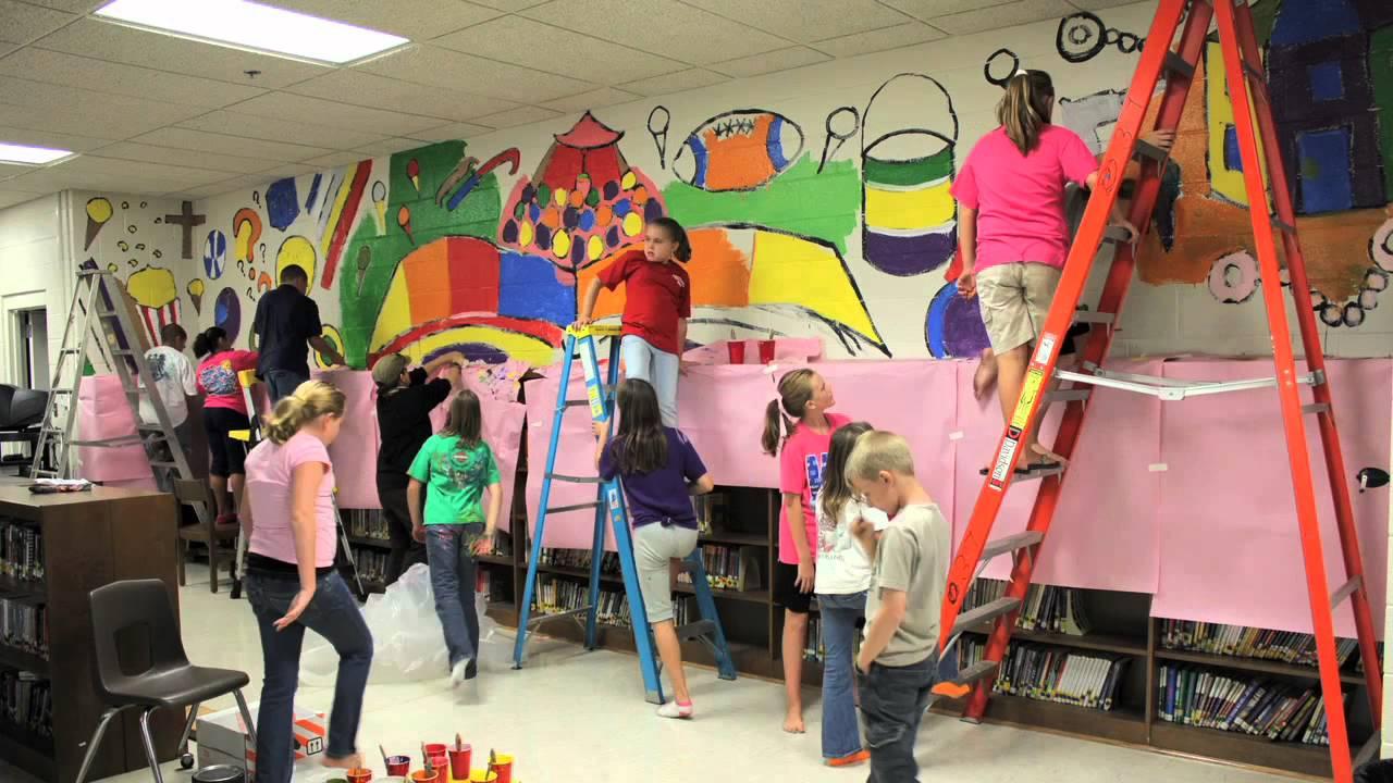 Lincoln elementary school mural youtube for Elementary school mural