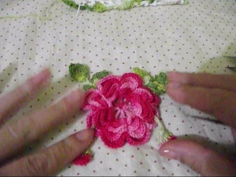 Flores em croche para aplicação