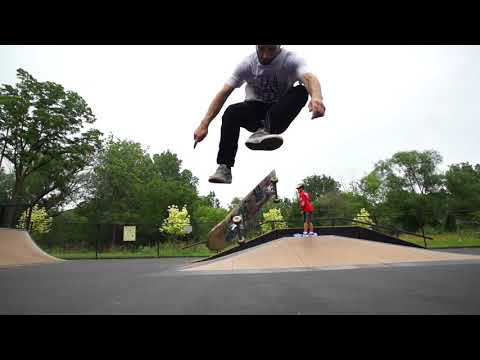 Skateology - Switch hardflip with Joe Vizzaccero
