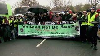 Thousands head to Washington to protest
