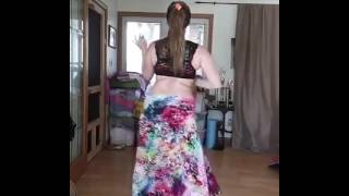 Wow amazing belly Dance