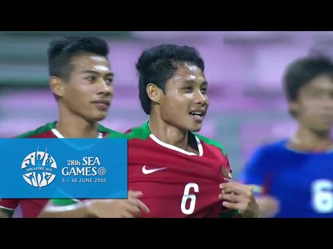 Football (Day 4) Half-Time Highlights Indonesia vs Philippines | 28th SEA Games Singapore 2015