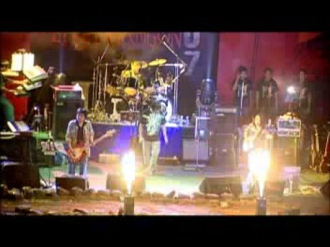 Myo Gyi - Live In Yangon - Way video