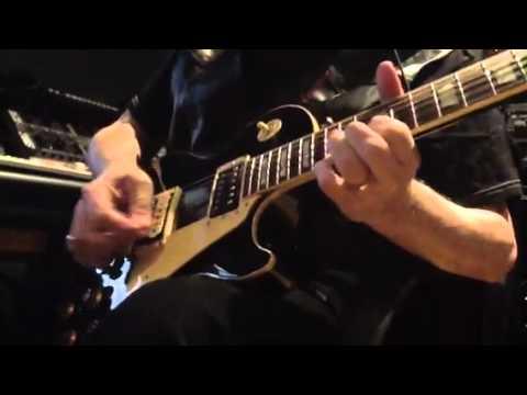 Dick Wagner solo on 'Pass The Gun Around'