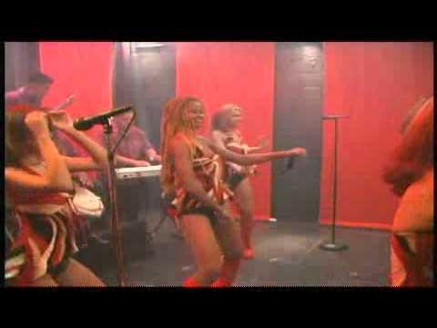 Bailando con las chicas roland
