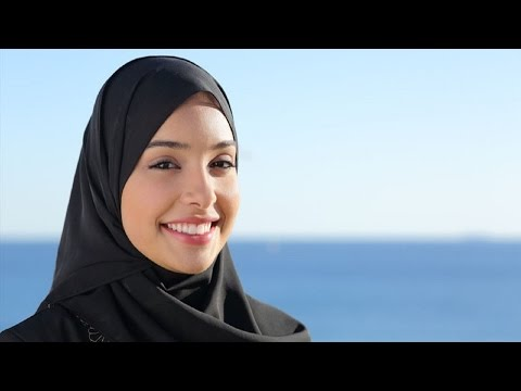 Abercrombie & Fitch Refused To Hire Muslim Woman video