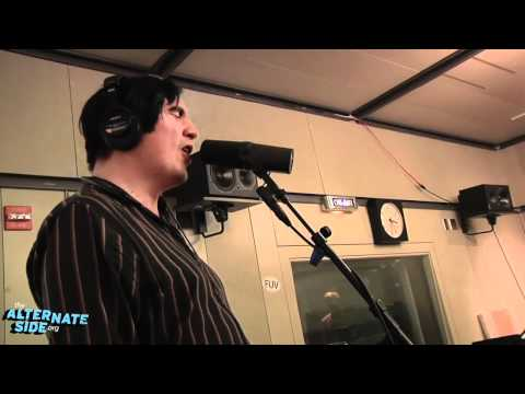 Art Brut - &quot;Lost Weekend&quot; (Live at WFUV)