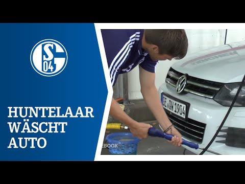 Huntelaar wäscht Höwedes' Auto