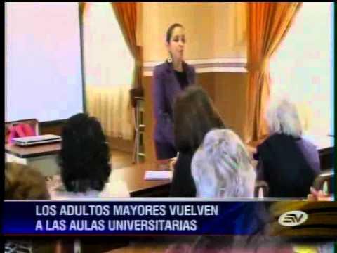 Primera universidad para adultos mayores en el país abrió sus puertas