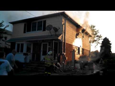 New Hyde, N.Y. park house fire